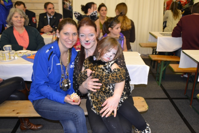 fb_kinderball_tv-halle_2017_032.jpg