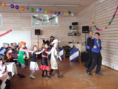 fb_kinderball_tv_halle_2012_002.jpg